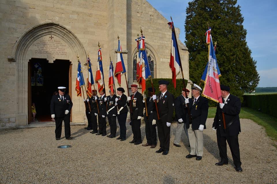 Memorial day belleau cimeti re civil messe - Port de la tenue militaire en retraite ...