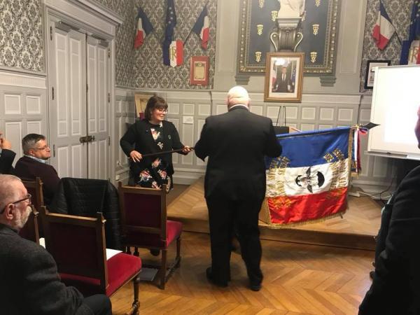 07.03.2019 : remise du drapeau APAC