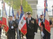 1ère ligne du cortège, Christophe Delannoy; porte-drapeau de la Légion d'Honneur du Comité de Château-Thierry
